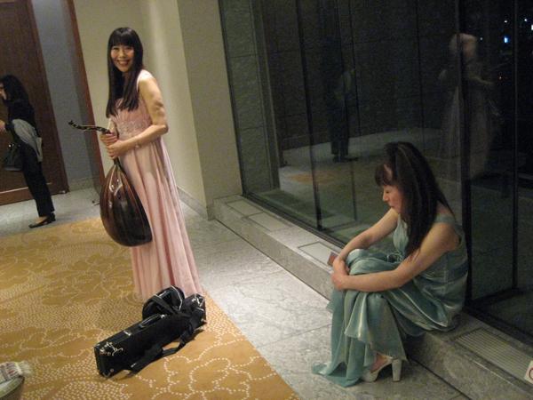 june_yoshiko_palace01s.jpg